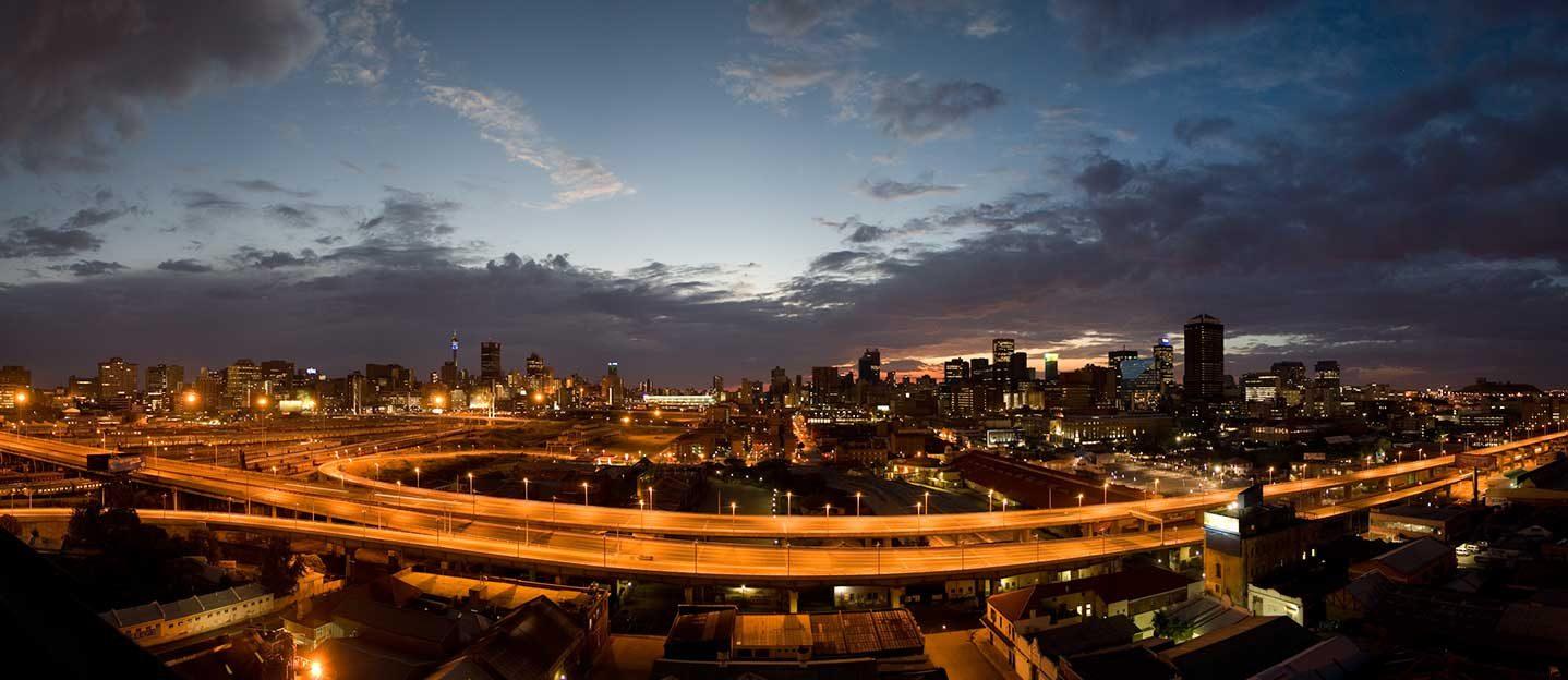 Johannesburg-Sunrise,-City-of-Gold---Wikimedia-Commons-Image